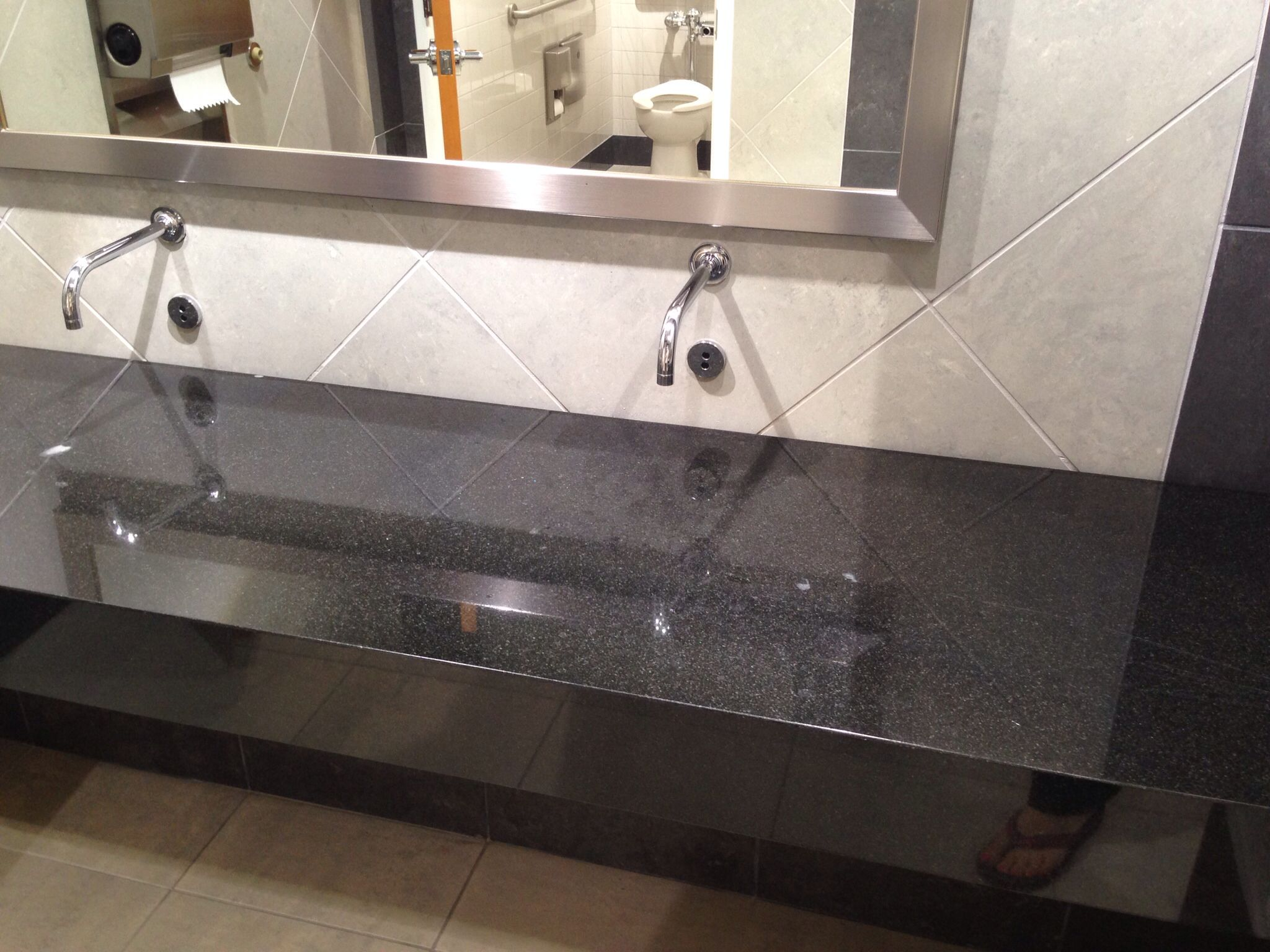 A Sinkless Hand Wash Station