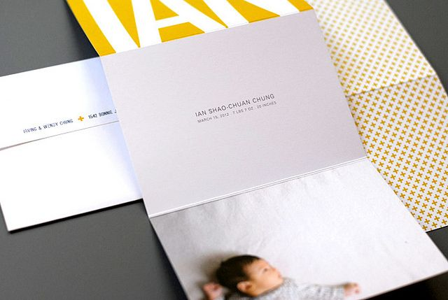 ian's birth announcement by dozidesign, via Flickr  wording