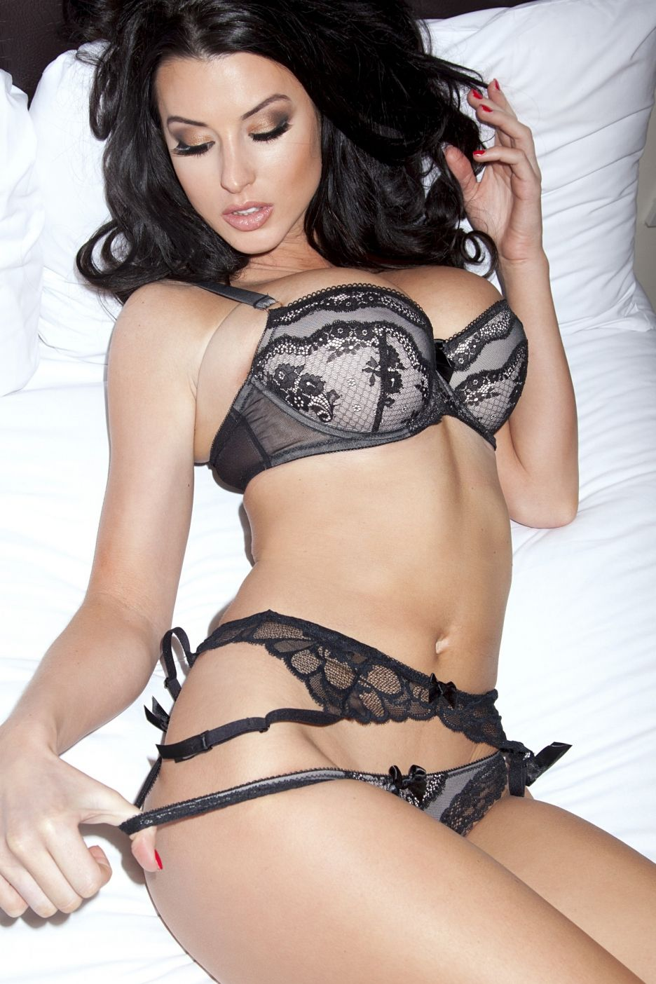 alice goodwin hot on actressbrasize http://actressbrasize