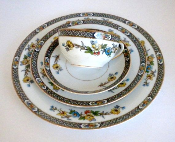 SALE Vintage Noritake Paisley Dinner Set Dinner by oldandnew8 $38.00 & SALE Vintage Noritake Paisley Dinner Set Dinner by oldandnew8 ...