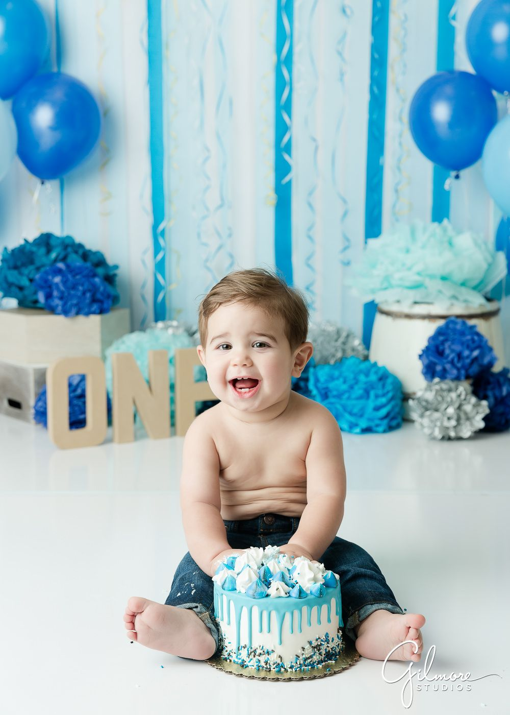 Brilliant Cake Smash Photography For Boys With Images Smash Cake Photos Personalised Birthday Cards Beptaeletsinfo