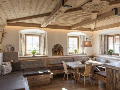 Vorhang bauernhaus vorh nge pinterest terasse holz for Bayerische dekoartikel