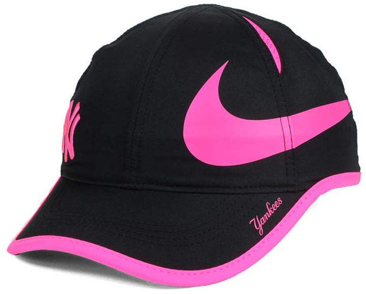 494409fa857 inexpensive nike womens new york yankees featherlight adjustable cap 935e2  67370