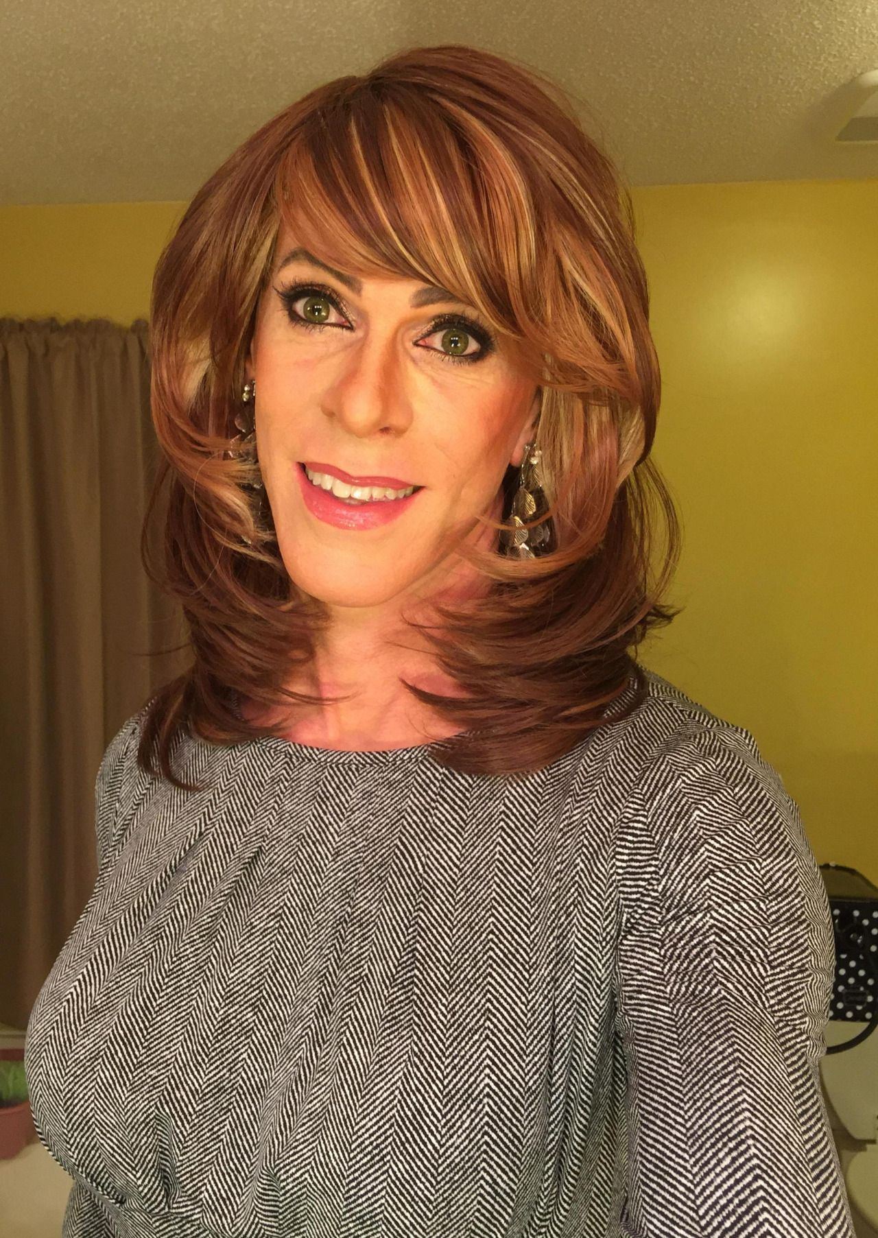 trans mature women personals When she first approached 28-year-old jared norris she was still  he said: it  wasn't really well known that i was dating a trans woman at first,.