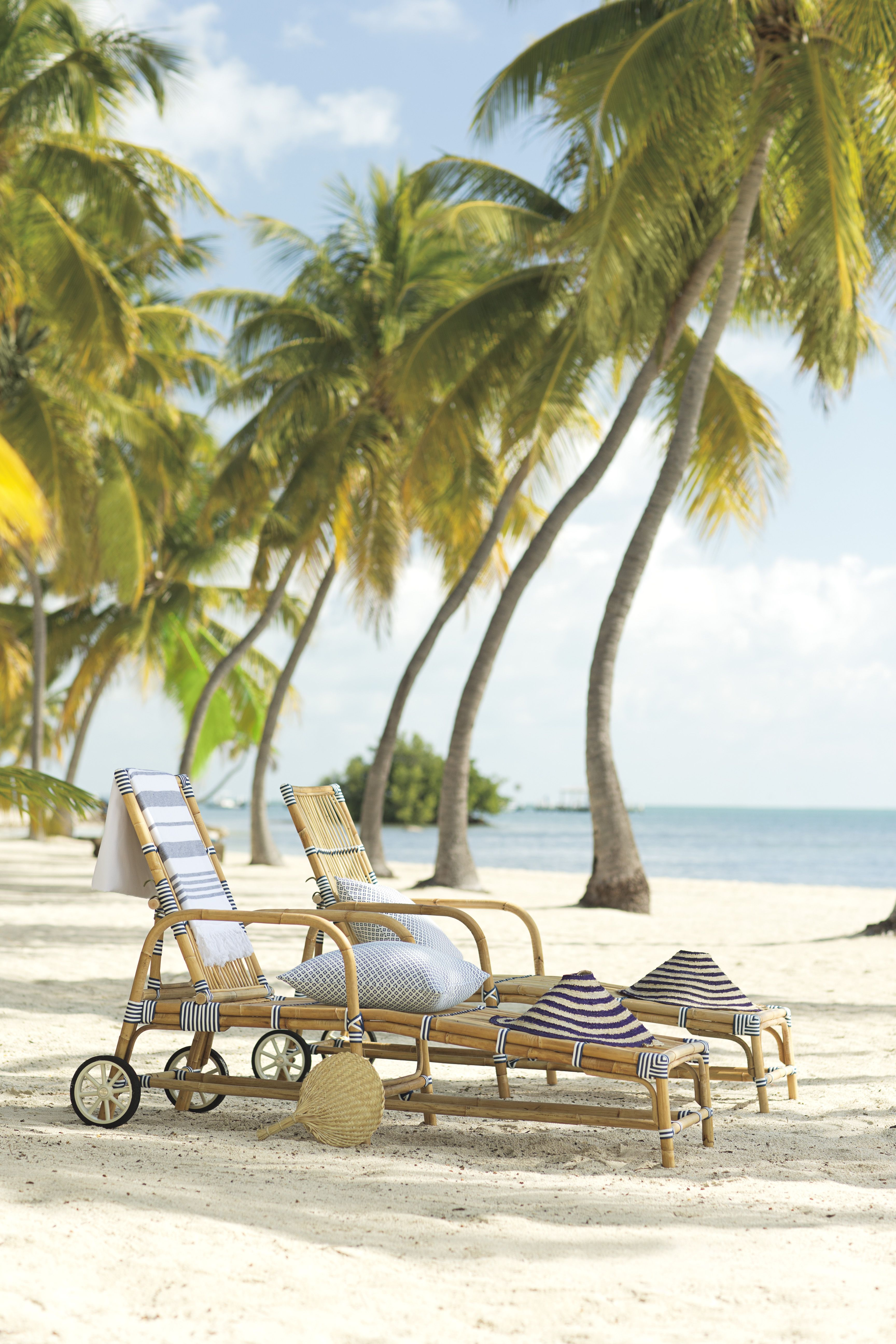 The Riviera Chaise