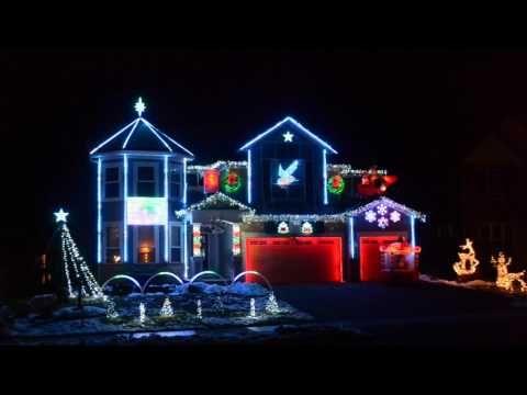 2016 Christmas Light Show Lights On Pascolo Youtube Lights To Delight Christmas Light Show Christmas Lights To Music Holiday Lights Display