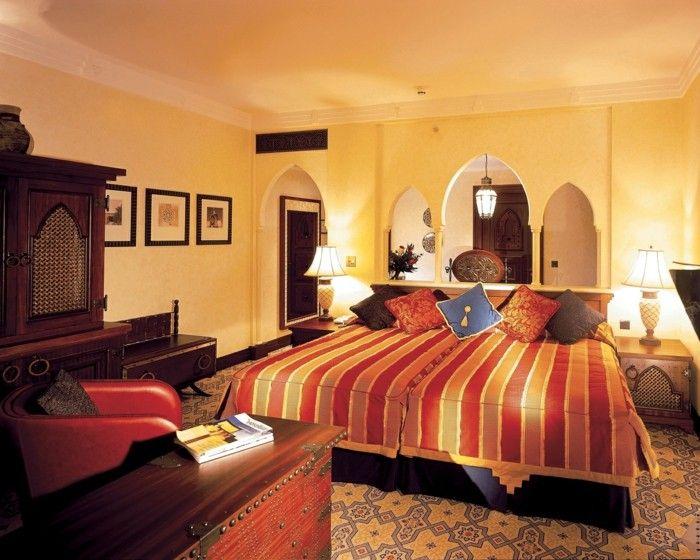 Muster Schlafzimmer ~ Wohneinrichtung ideen schlafzimmer streifen teppichboden muster