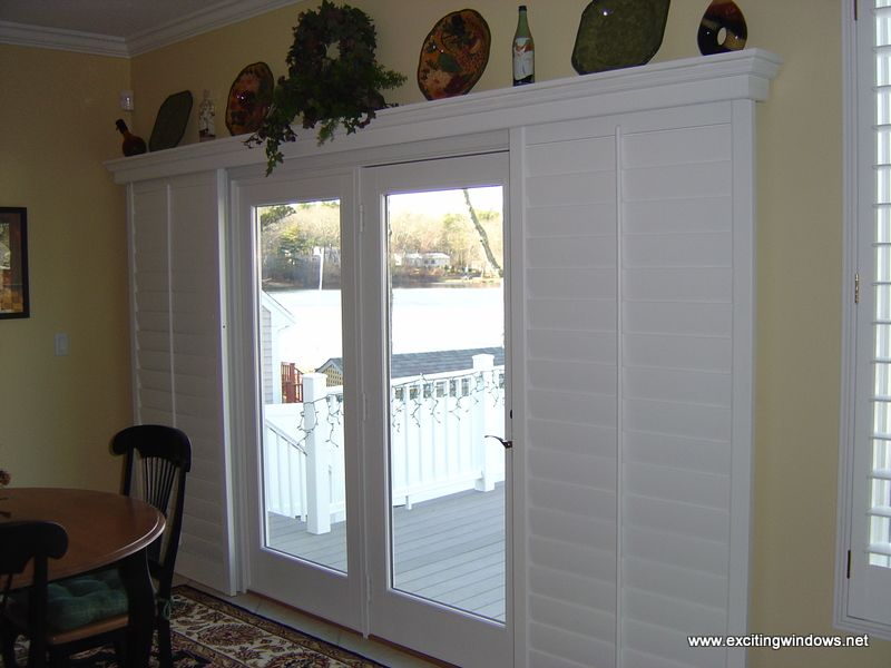 Window Treatment Idea For Patio Door Sliding Shutters Instead Of Curtains Wouldn T Have Anything Else On Glass Doors