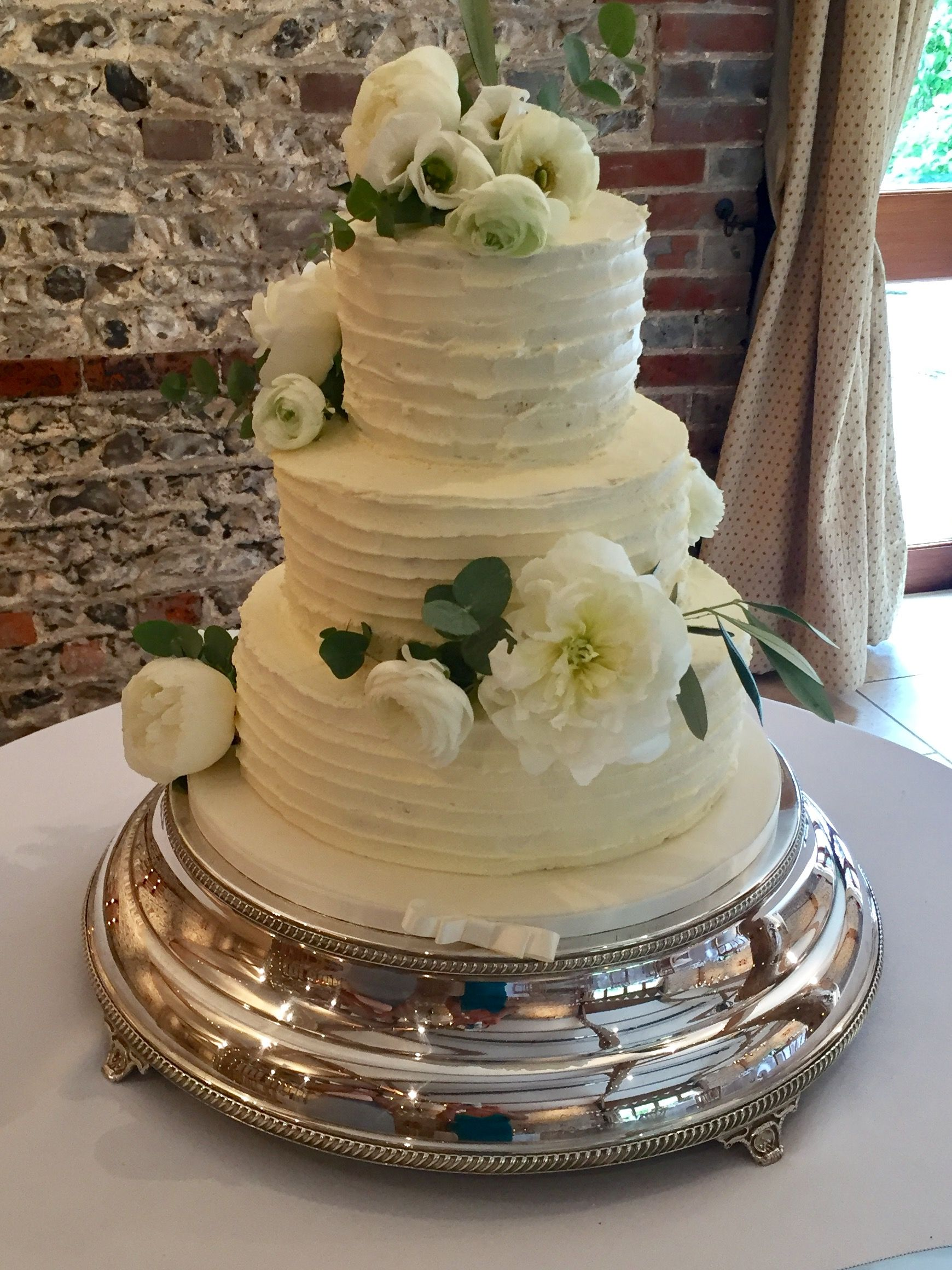 Swiss Meringue Ercream Wedding Cake