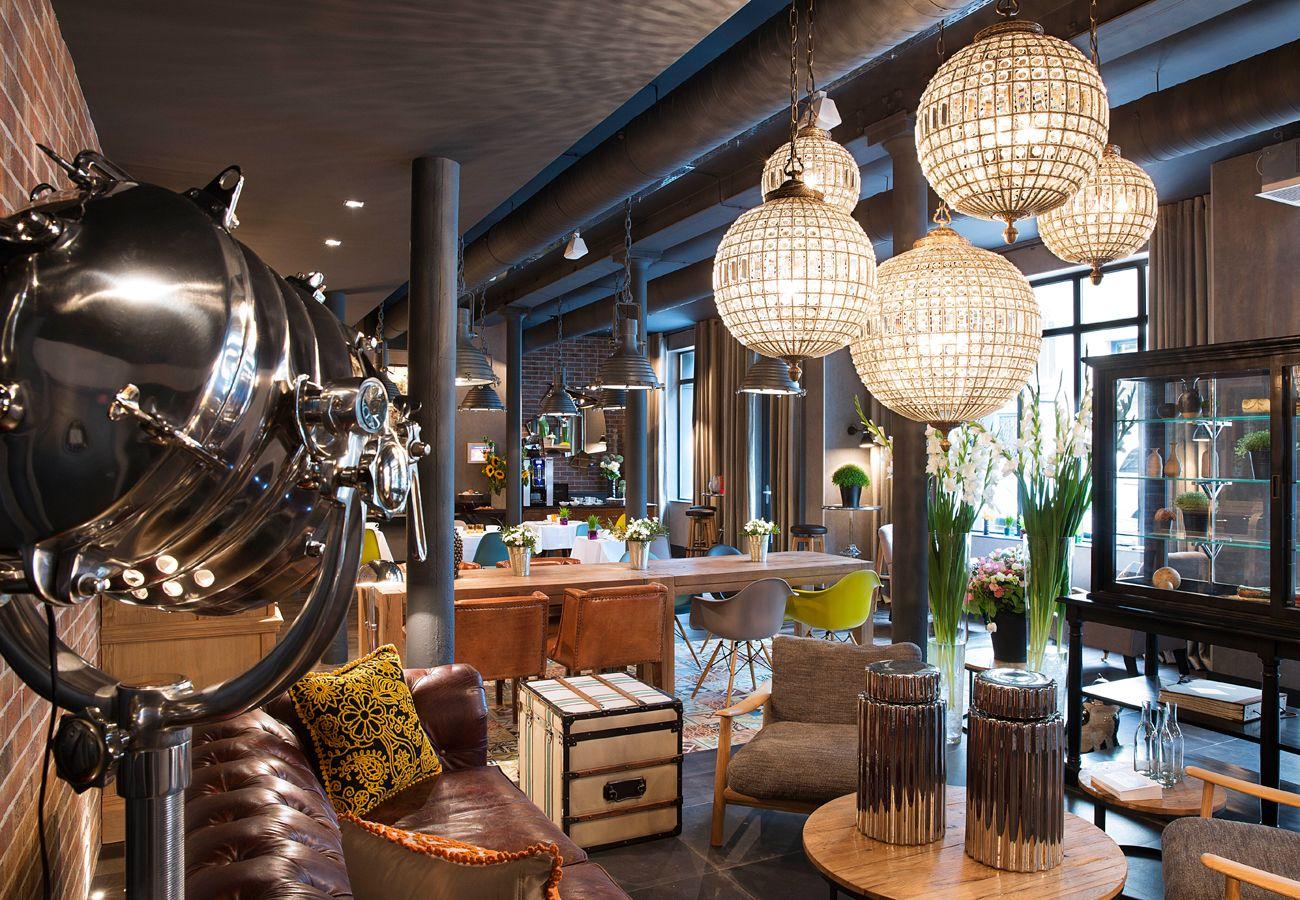social hotels | hôtel fabric | lounges/bars/ restaurants-interiors