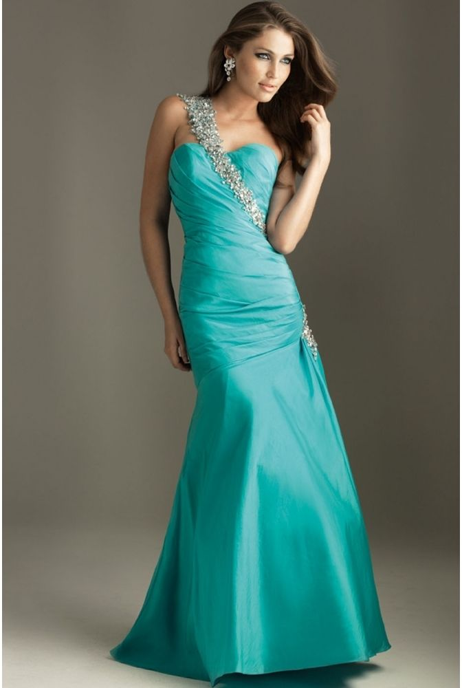 Silver ivory and tiffany blue wedding on pinterest for Wedding dresses with tiffany blue