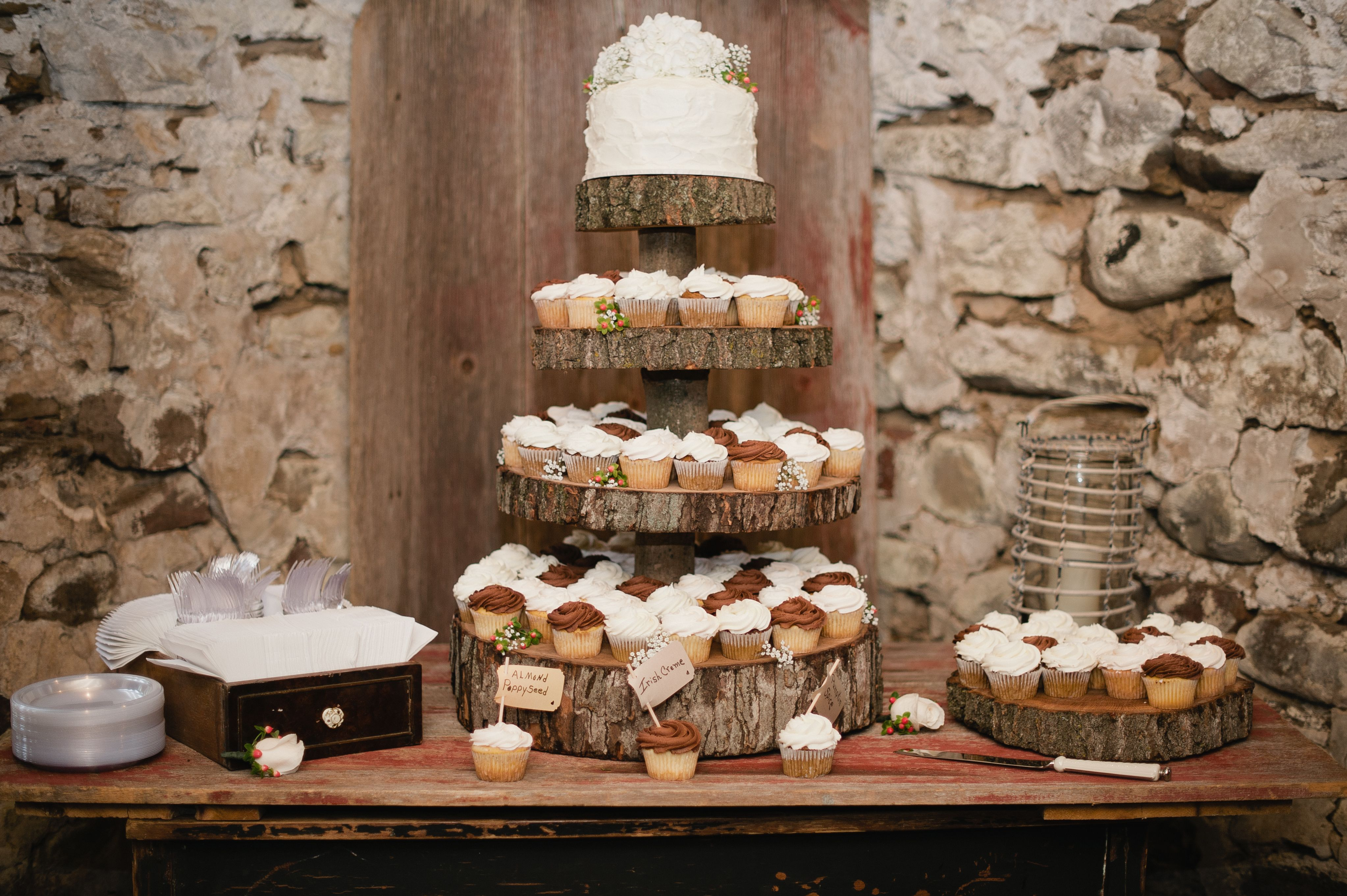 Rustic wedding cake wood cake stand wedding cakesstands and