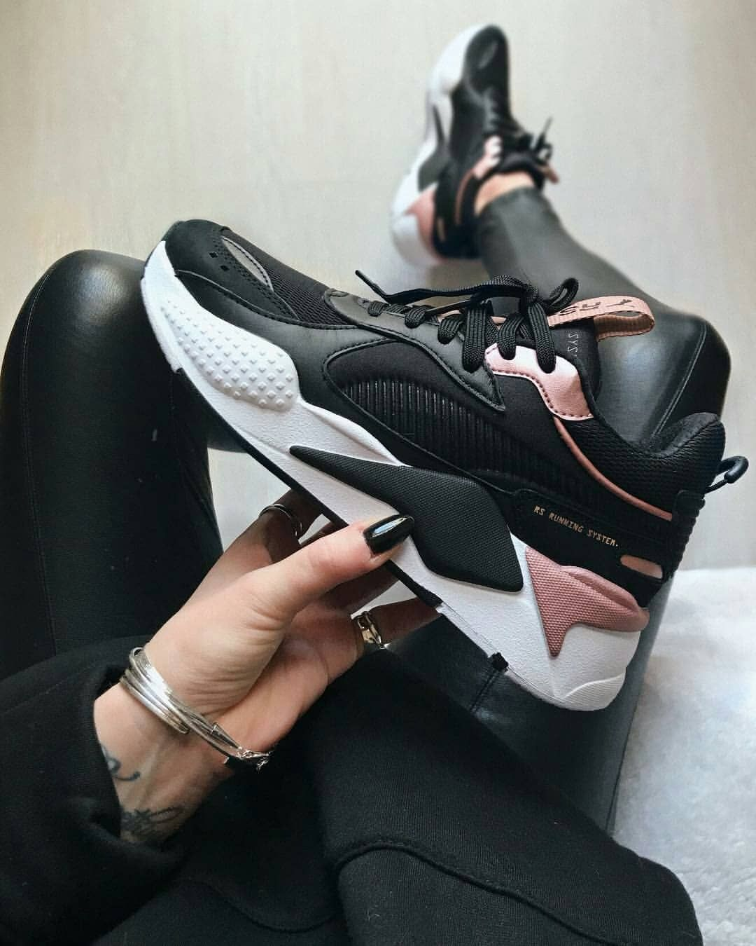 107518792 Sapatos, Tênis Da Gucci, Tênis Bonitos, Tênis Rosa, Melhores Tênis,