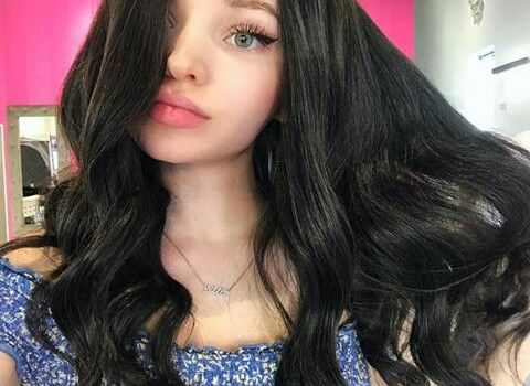 Wow Brown Hair All Of A Sudden What Is She Doing To Her Hair Cameron Hair Dove Cameron Dove Cameron Style