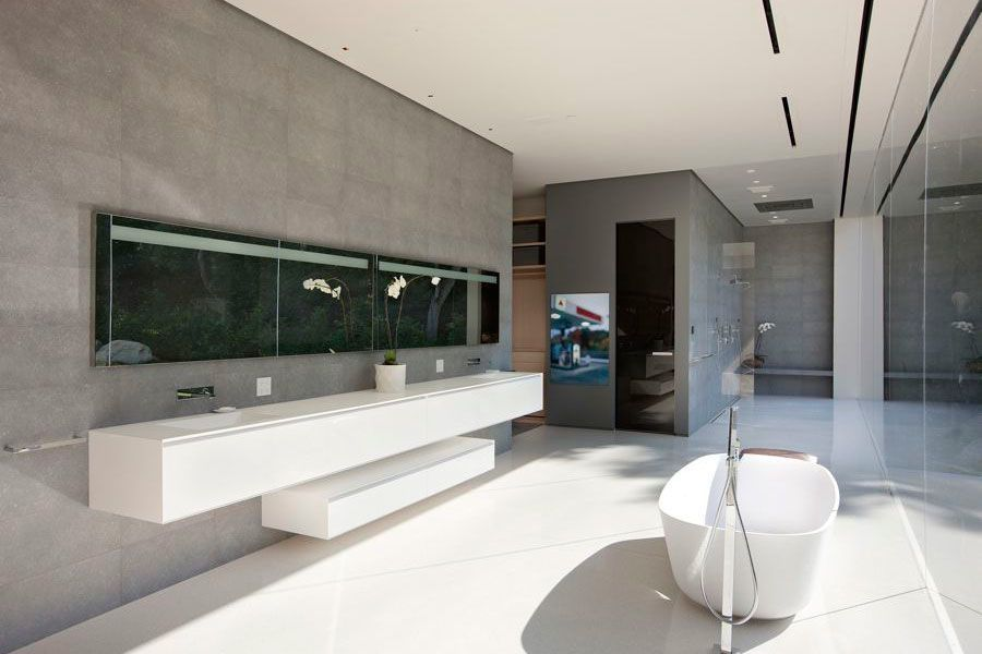 known for his modern designs los angeles based architect steve hermann has completed - Modern Design Bathrooms 2010