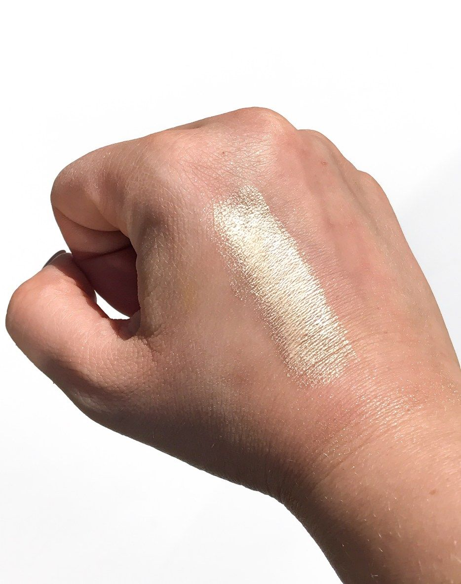 Dew Drops Coconut Gel Highlighter by Marc Jacobs Beauty #9