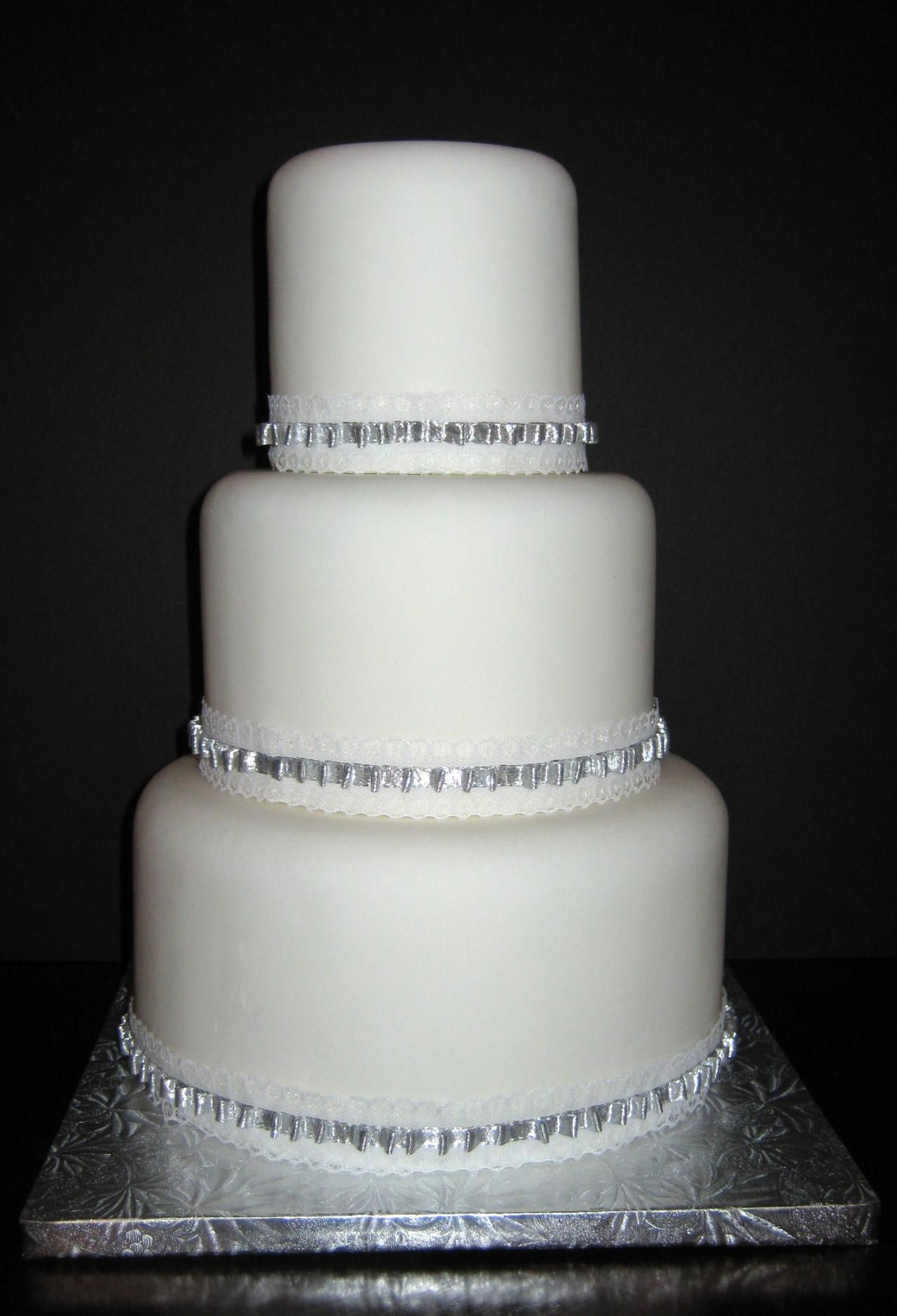 60th Anniversary Ideas | Since wedding cakes require special ...