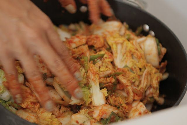 Bap Story: Easy Kimchi (guest chef : Bo's mom)