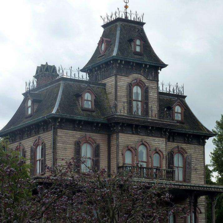 Chilling Real-Life Haunted House Stories In 2020