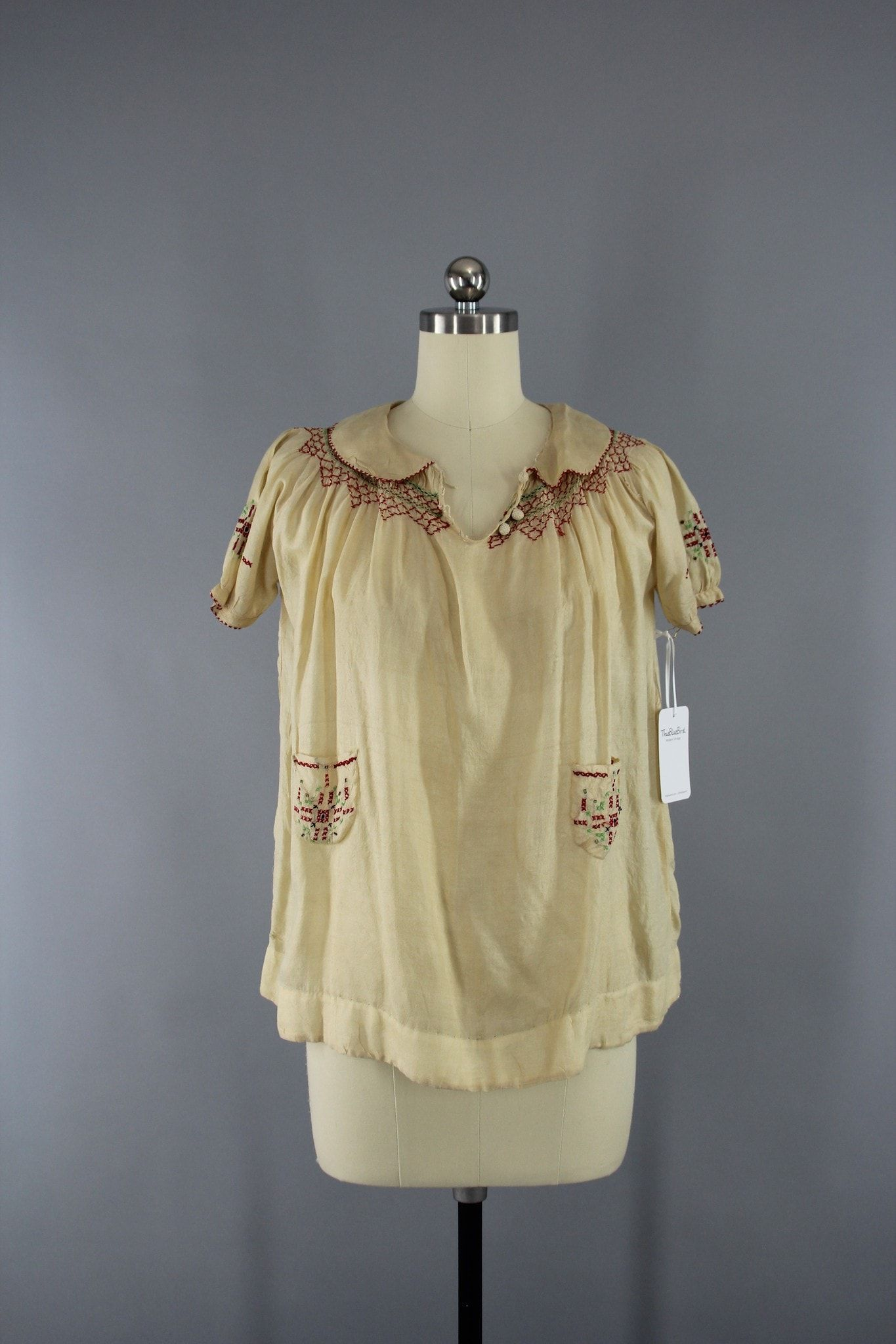 0a5db67bc26fc6 Vintage 1920s Pongee Silk Embroidered Peasant Blouse