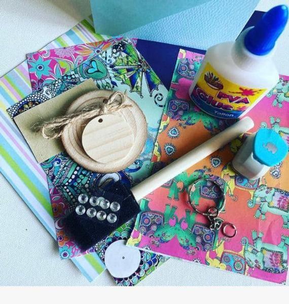 Elephant Craft Box Elephant Themed Arts And Craft Art And Etsy In 2020 Elephant Crafts Arts And Crafts Kits Craft Kits