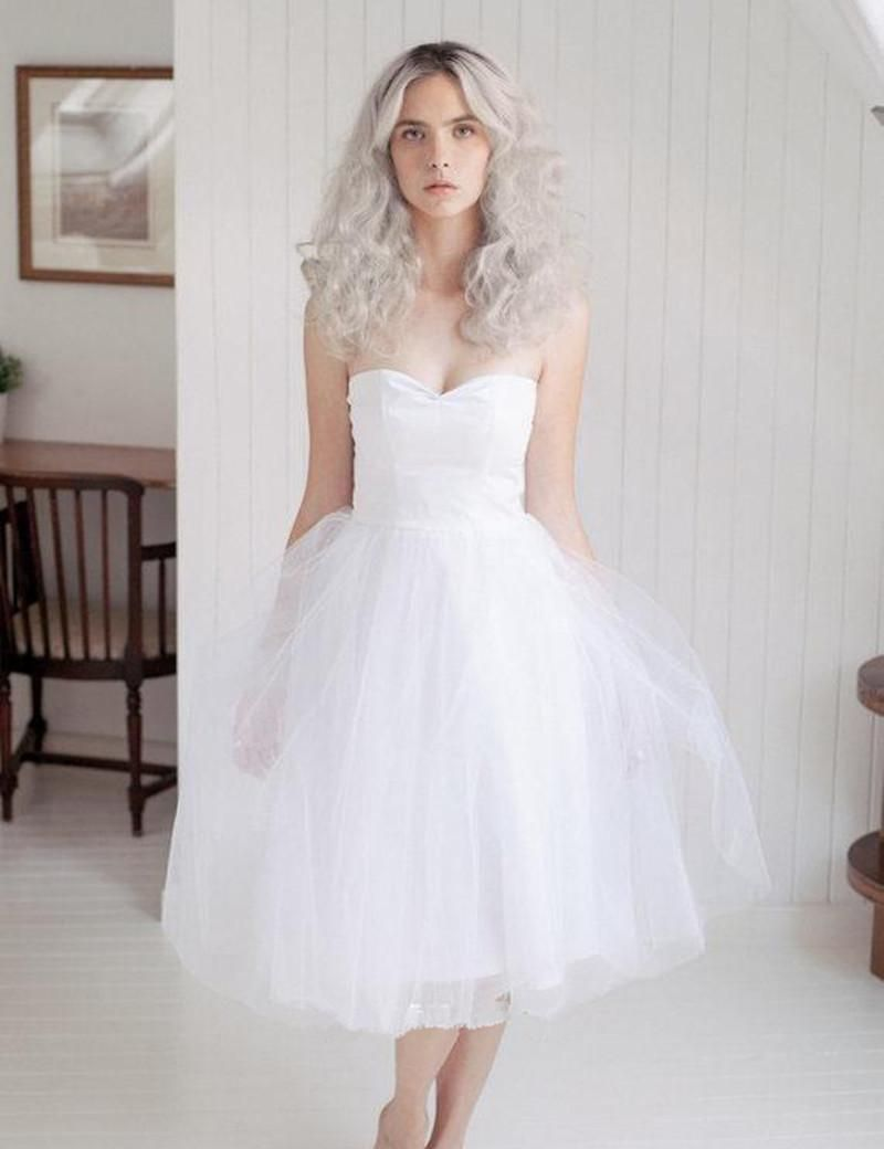 20 of the Most Vintage Tea-length Wedding Dresses for Older Bride