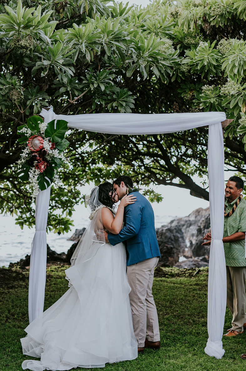 Wedding Arch Ideas Two Post Wooden Arch With White Draping Wedding Canopy Wedding Arch Maui Wedding Planners