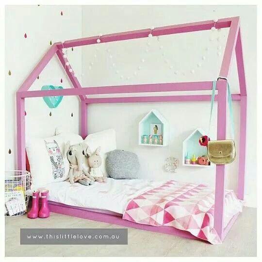 Cama con estructura casa para ni a deco kids pinterest for Cama infantil nina