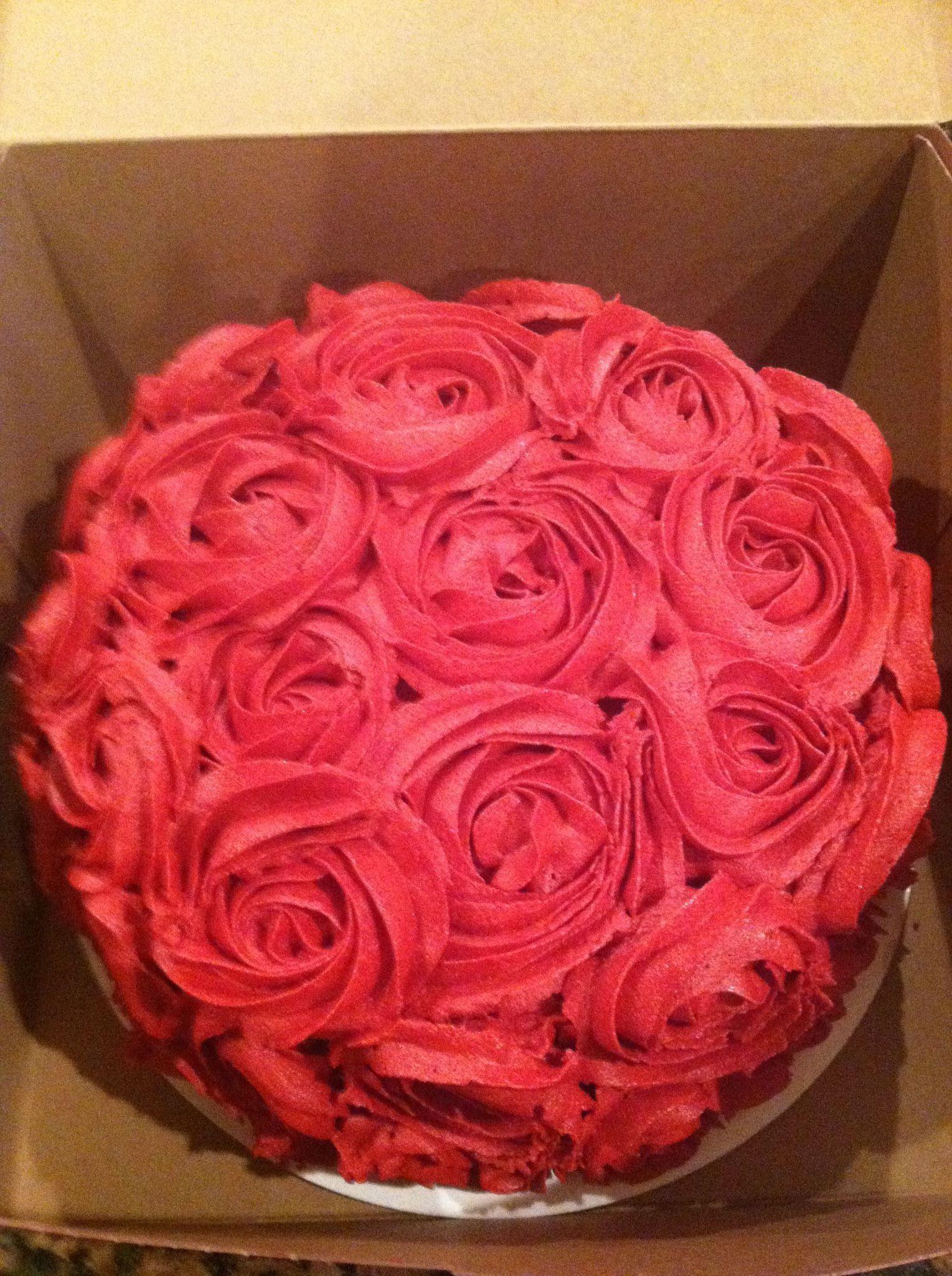 Red Rosette Cake For Valentine S Day Rosette Cake Cake