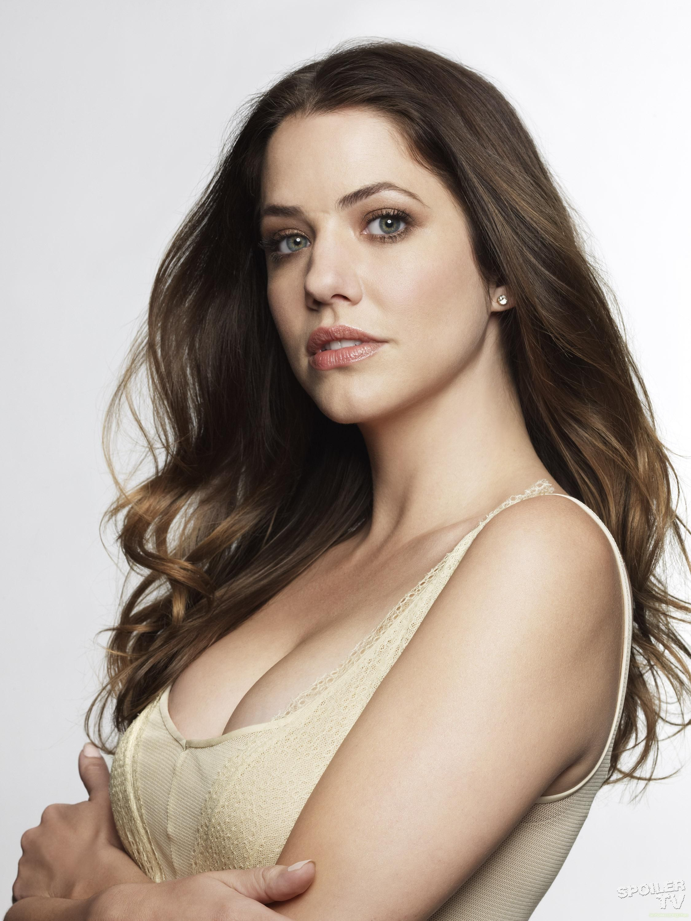 Watch Julie Gonzalo video
