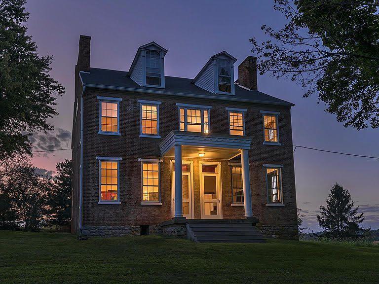 modern farmhouse for sale michigan