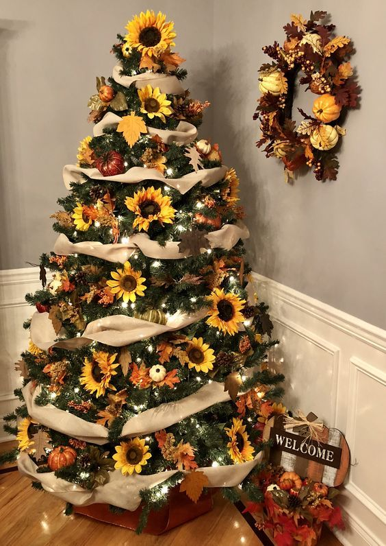 Sunflower Christmas Tree Decorations and Ideas