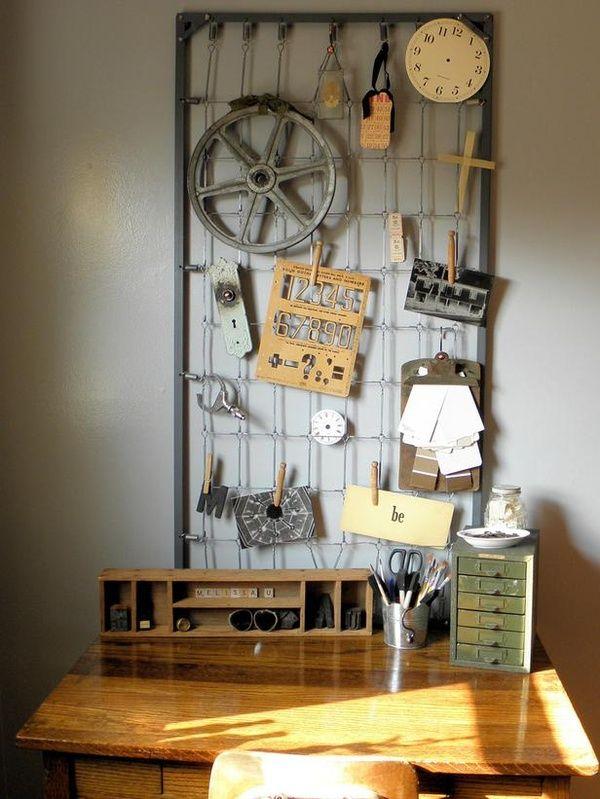 Transform Your Bedroom With DIY Decor : Vintage crib springs!
