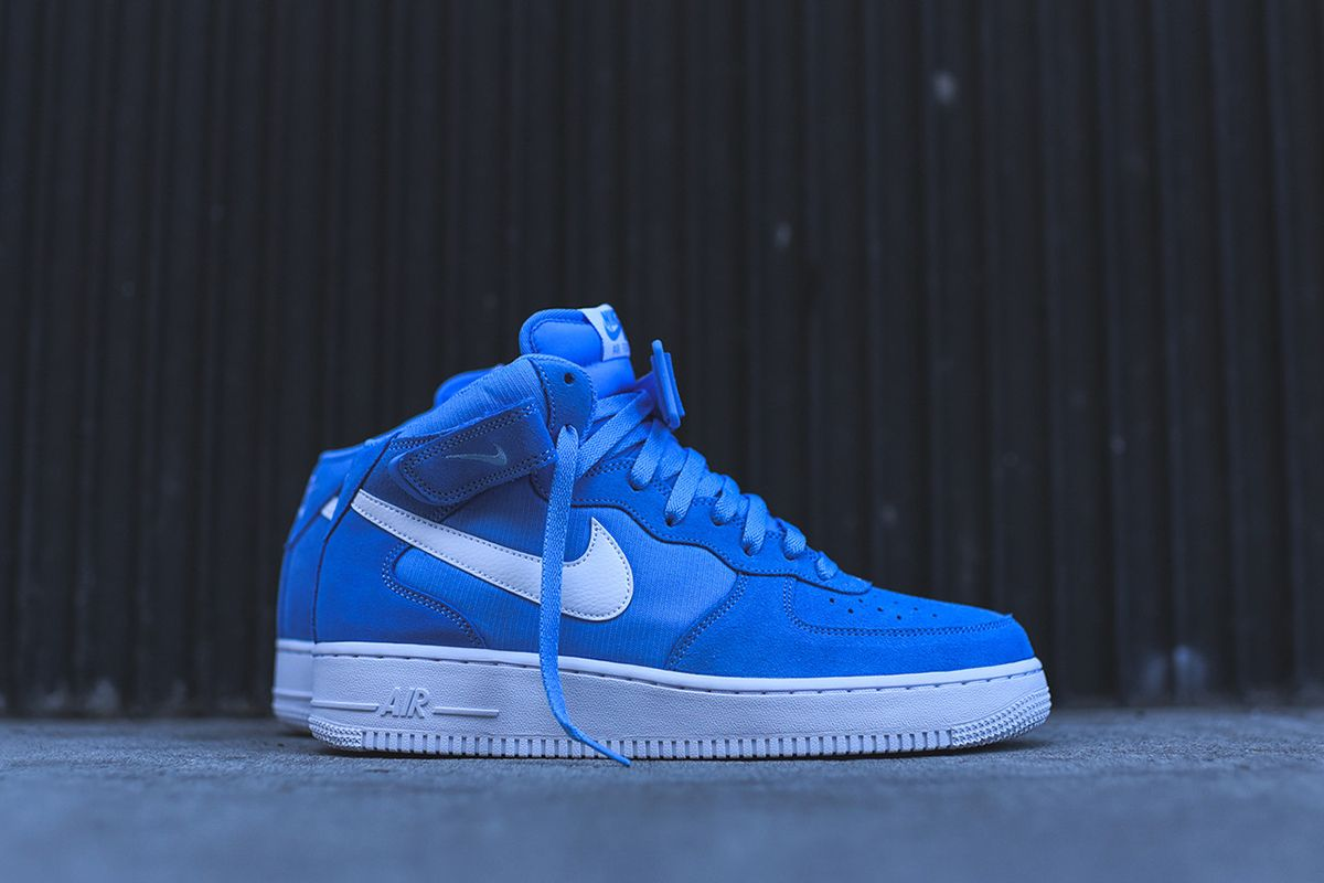Nike Drops the Air Force 1 Mid in UNC Colors - EU Kicks Sneaker Magazine
