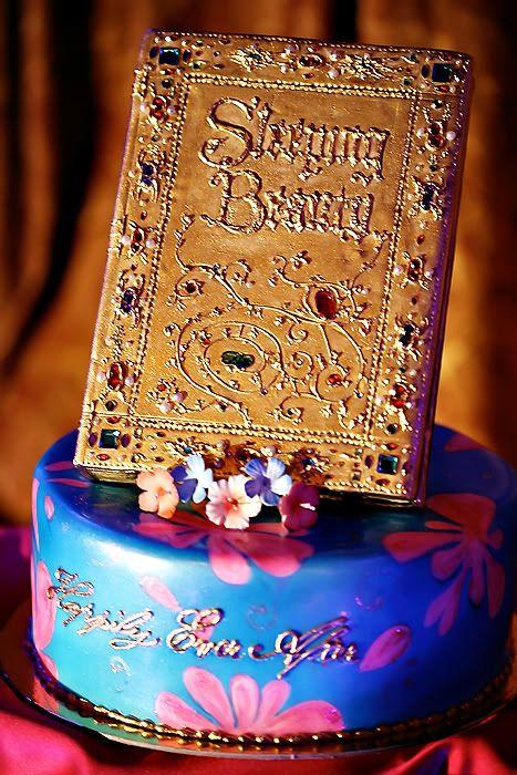 Sleeping Beauty cake Wedding Spotlight: Hope + Mike