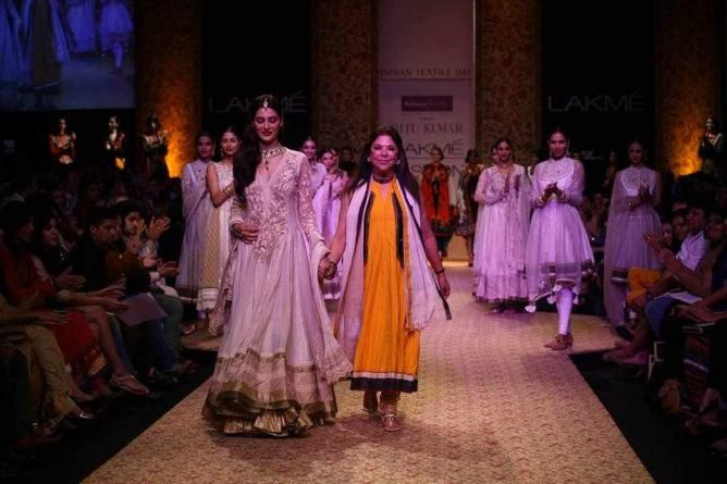 The 10 Indian Fashion Designers You Should Know Top 10 Fashion Designers Fashion India Fashion