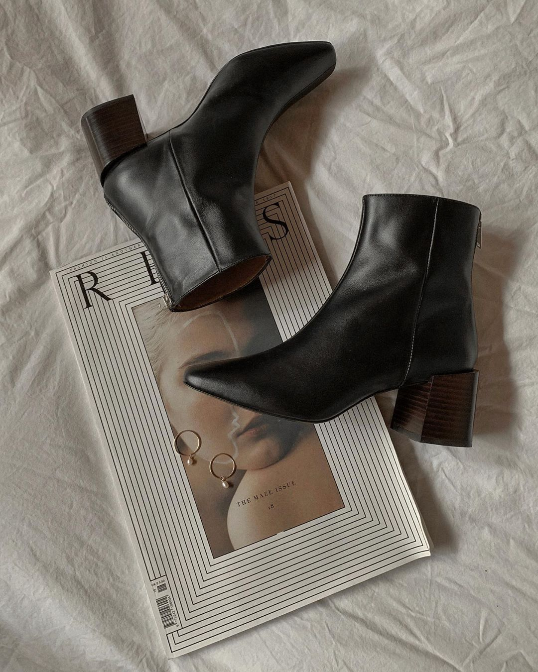 472f8d48f52f Black leather boots. Block heel ankle boots. IG   GEMARY