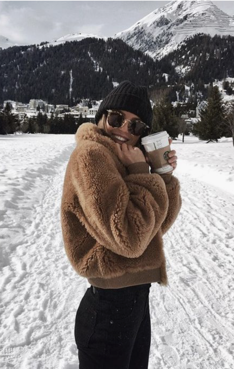 teddy fleece jacket  knit beanie  yoga pants  ray ban sunglasses  best outfits for vail and whistler  cute outfits to pack for a winter vacation