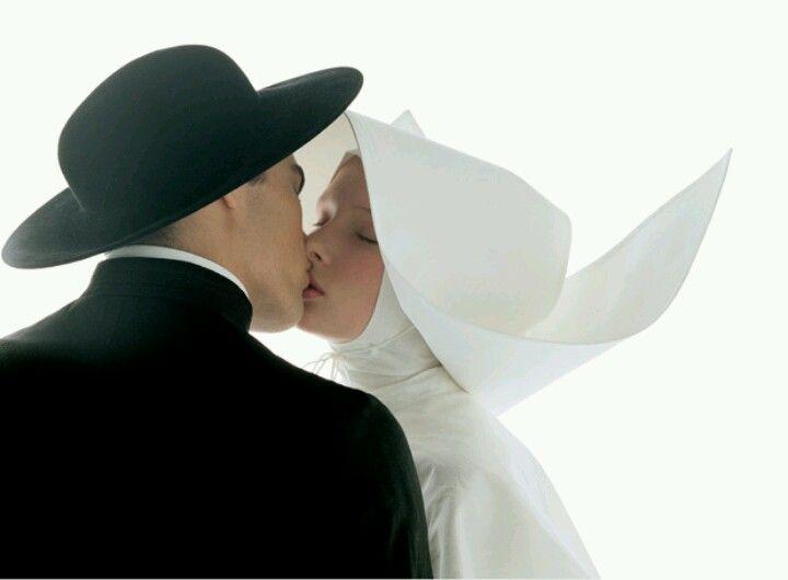 Beso blanco y negro