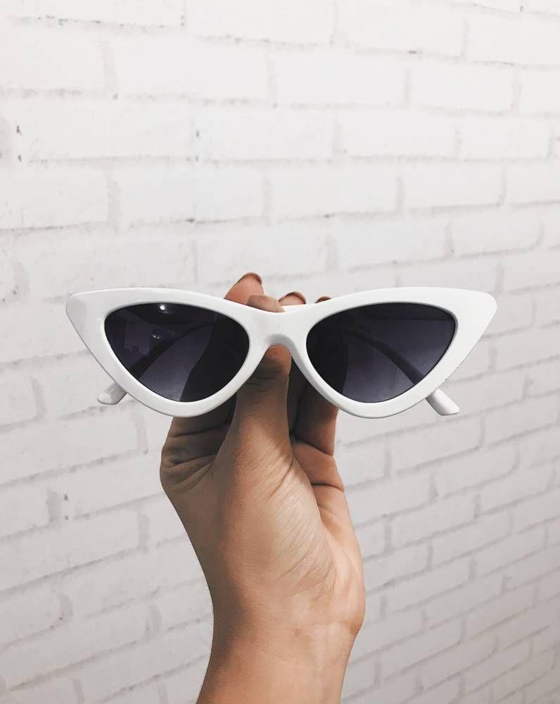 Óculos Cat Eye 90s Branco em 2018   . acessórios must have ... 9805b39ed0