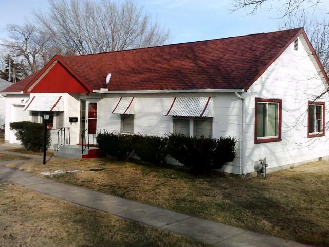 Nice, Very Clean 3 BR/ 1 Bath/ 1 Car Garage Home with some newer windows. New Roof in 2015-New Gutters & Facia 2017. Home also has some hardwood floors, Water Softener, water filter and New Water Heater in Aurora MO