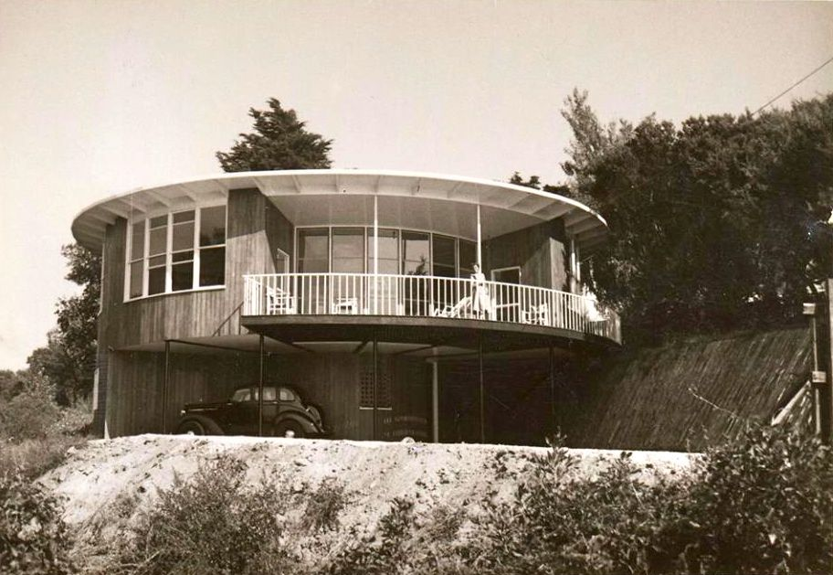 The Hentry Round House By Roy Grounds 1953 Mountain Ash