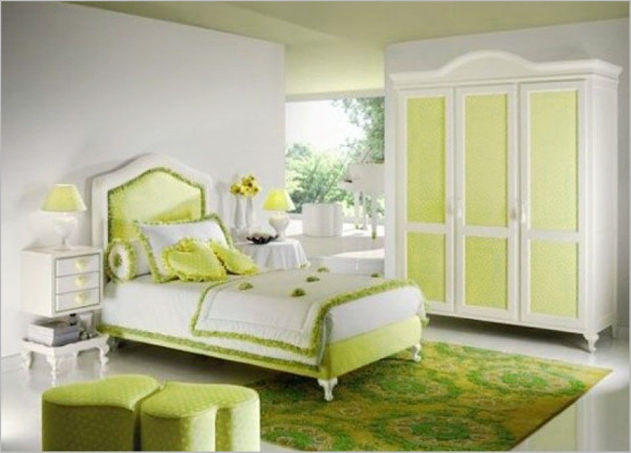 Plush Twin Bedding Feat Cute Green White Bedroom Decor And Heart ...