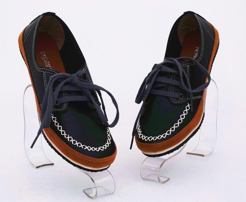 Sepatu Casual Bertali Warna Hitam Model Keren Bahan Kulit