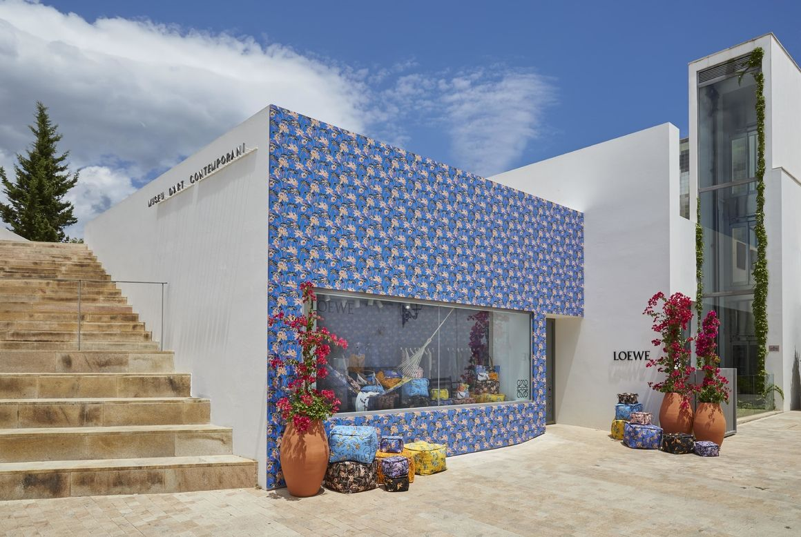 Hot spot pop up store Loewe Ibiza collaboration boutique 5
