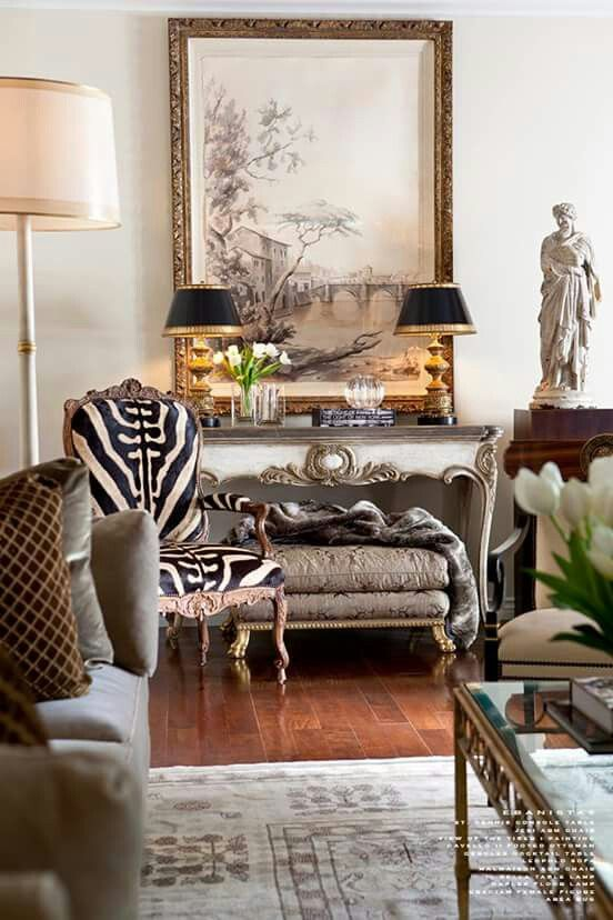 Not So Sure About The Zebra Striped Chair But Otherwise Nice Look Deco Maison Deco Salon Decoration Interieure
