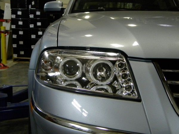Awesome Volkswagen 2017: Exclusive 2001-2005 Volkswagen Passat Halo LED Projector Headlights... Car24 - World Bayers Check more at http://car24.top/2017/2017/07/16/volkswagen-2017-exclusive-2001-2005-volkswagen-passat-halo-led-projector-headlights-car24-world-bayers/