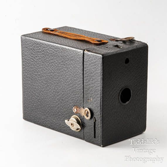 Antique 1935 Agfa Cadet Box Camera for D-6 / 116 Roll Film ...  |Old Camera Film Roll Boxes