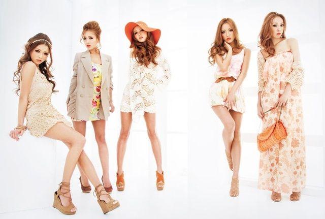 Rienda girls. Japanese fashion.