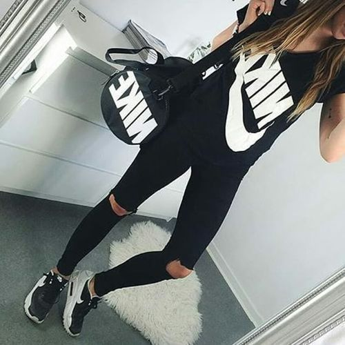 Nike Outfit fashion shoes black nike style fashion and style